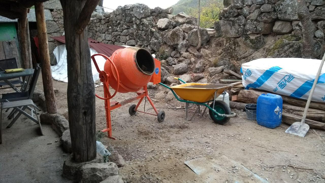 """Das """"Lager"""" mit Ausrüstung und Material"""